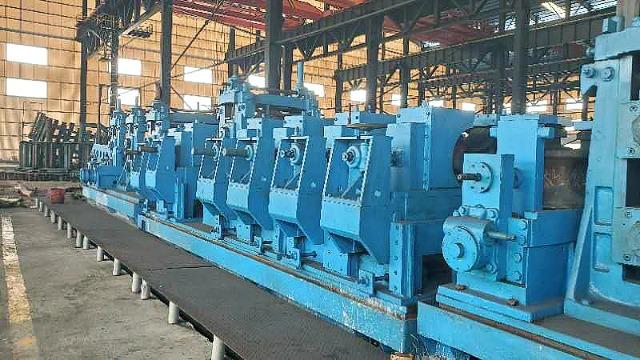 造成二手大型焊管机组轧辊的磨损有哪些?