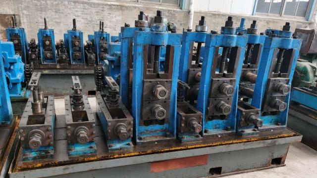 高频直缝焊管设备焊接挤压力是什么?