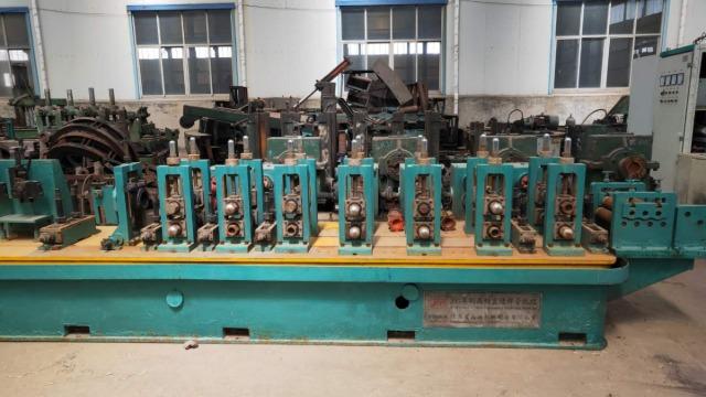 二手焊管机组设备焊缝压扁开裂机理如何解决?