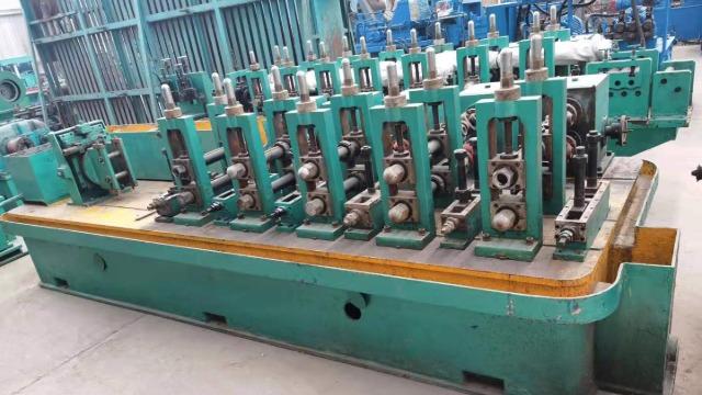 二手大型焊管机组常见的焊管表面缺陷