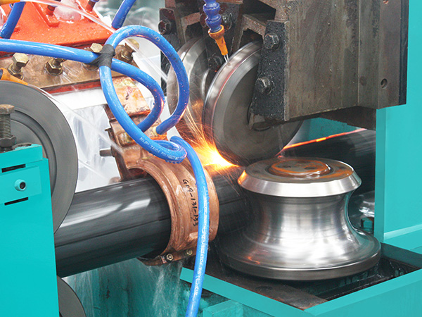 焊管机设备的成型技术和展历程概述