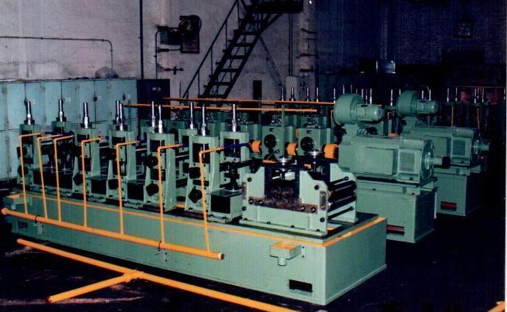焊管设备生产线都由哪些设备组成?